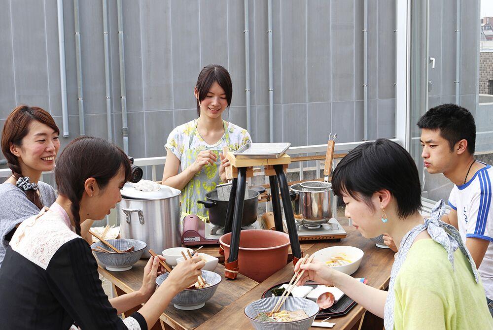 週末はイベントで料理を出したり、ケータリングの手伝いをやるようになっていった。